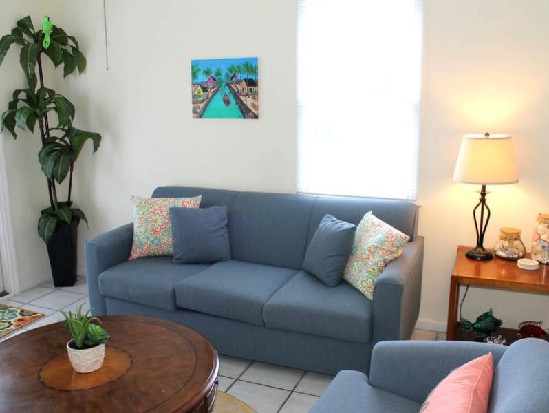Parrot Perch - Image 1 - Key West - rentals