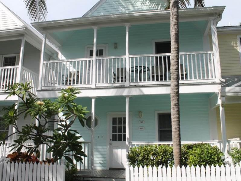 Siesta Bay - Image 1 - Key West - rentals