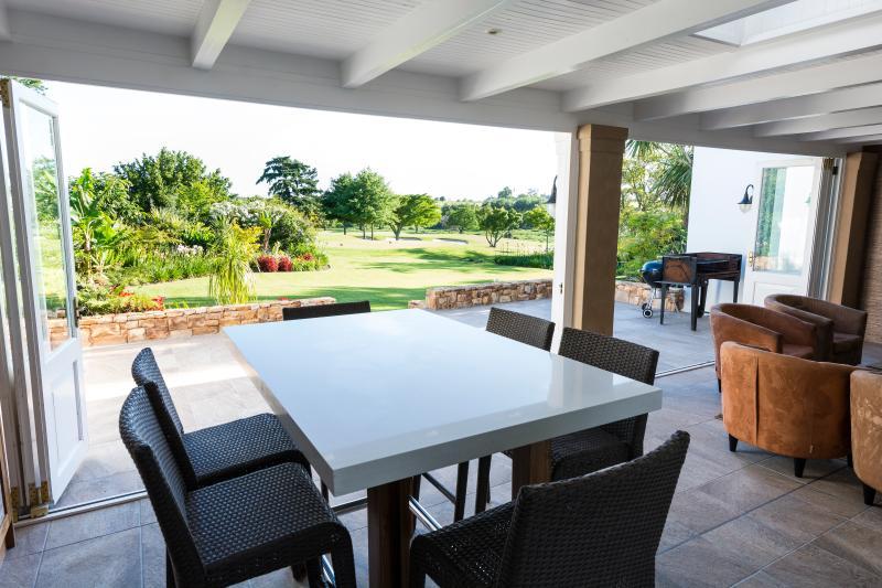 Patio - Golf Paradise Fancourt Estate Private House - George - rentals