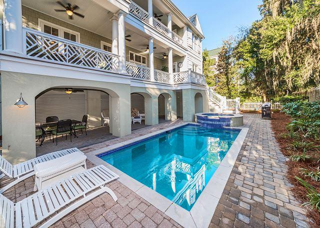 Welcome to Roadrunner 2! - Roadrunner 2, 6 Bedrooms, Private Pool, Spa, Ocean View, Elevator, Sleeps 17 - Hilton Head - rentals