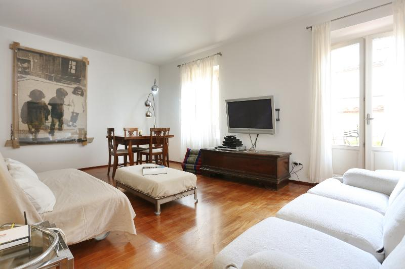 In the heart of Oltrarno - Image 1 - Florence - rentals