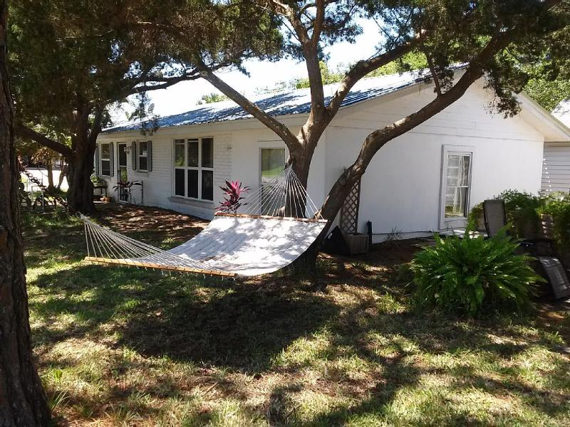 Walk to the Beach and Intercoastal! - Image 1 - Saint Augustine - rentals