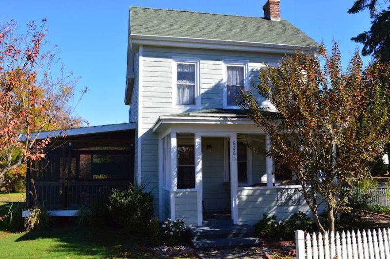 Hancock House - Image 1 - Chincoteague Island - rentals