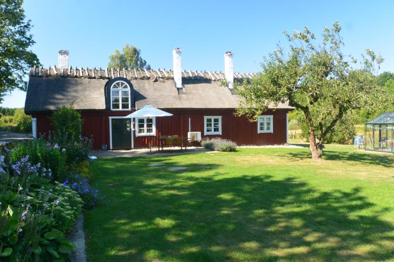 Large, traditional farm house in Southern Sweden - Image 1 - Bromolla - rentals