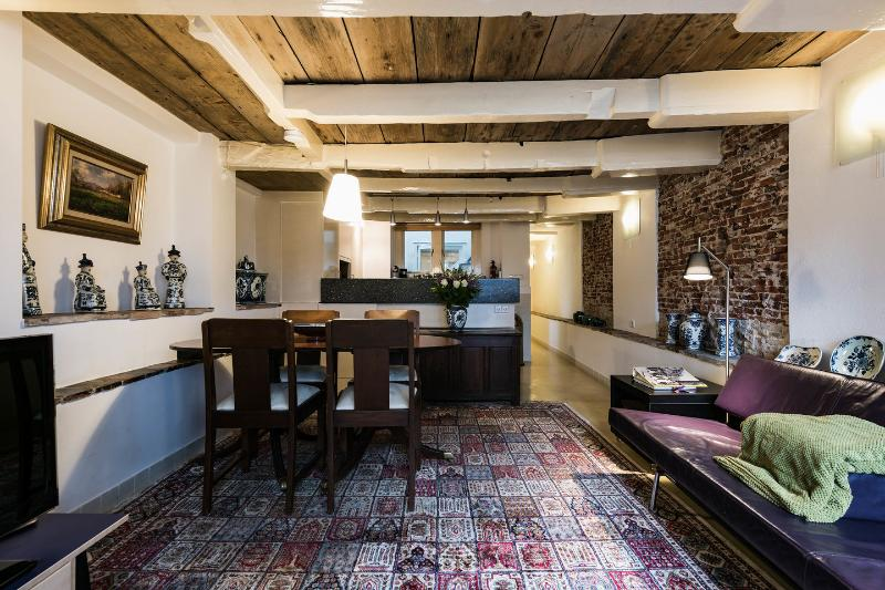 """Living & Dining Room - Amsterdam Canal Apartment """"Delft Blue"""" - Amsterdam - rentals"""