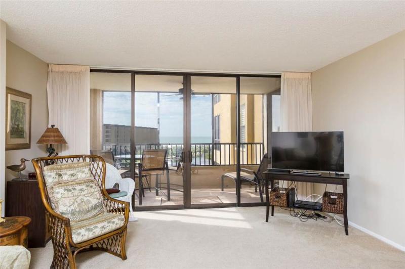 Gulf and Bay Club 502D, 2 Bedroom, Beachfront, Heated Pools, Spa, Sleeps 6 - Image 1 - Siesta Key - rentals
