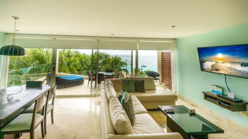 Corner Penthouse with unobstructed views of the Ocean! - Image 1 - Playa del Carmen - rentals
