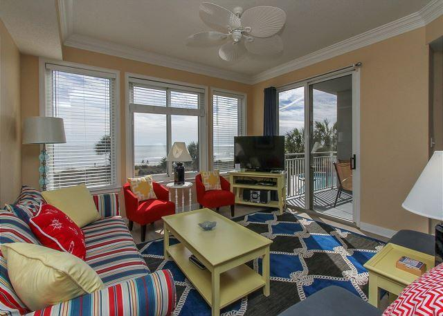 Living Area - 3204 SeaCrest-Direct Oceanfront - AVAILABLE 6/4-11 & other Summer weeks. - Hilton Head - rentals