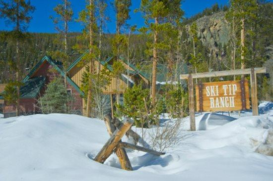Ski Tip Townhome 8716 - On free shuttle, beautiful 2 story floor plan, washer/dryer! - Image 1 - Keystone - rentals
