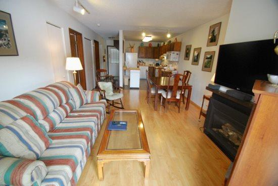 Snowdance Condominiums A302 - Walk to slopes, laminate floors, Mountain House! - Image 1 - Keystone - rentals