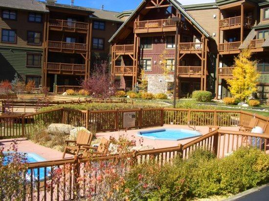 Tenderfoot Lodge 2656 - Walk to slopes, Mountain House, great views from outdoor hot tubs! - Image 1 - Keystone - rentals