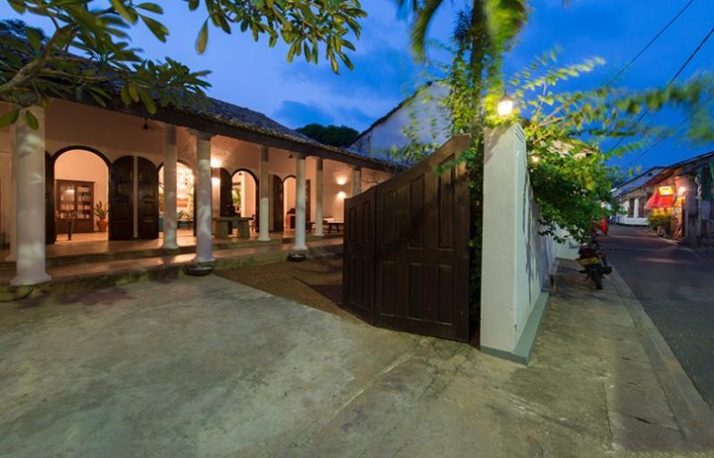 - Ambassador's House - Iola - rentals
