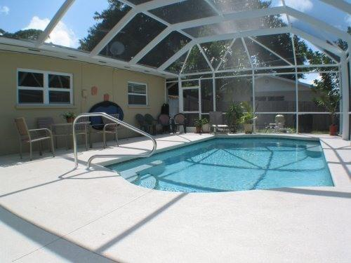 HAPPY OURS POOL - HAPPY OURS-Walk to the nearest beaches - Bradenton - rentals