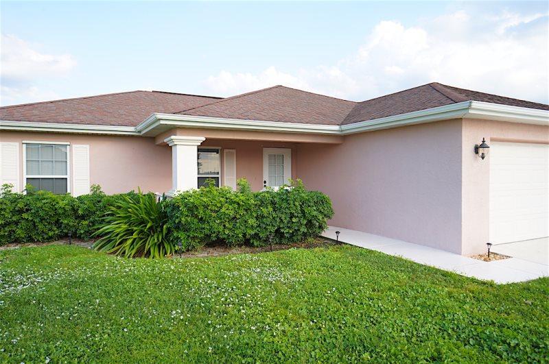 Villa Biserka - Cape Coral 3b/2ba home w/electric heated pool, HSW Internet, - Image 1 - Cape Coral - rentals