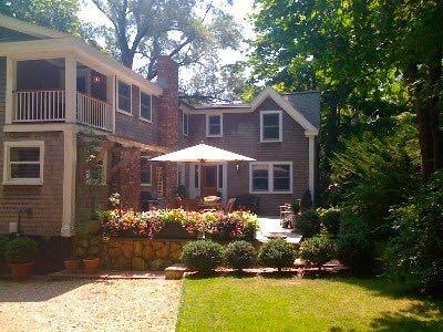 Exquisite Summer Retreat In Heart Of Vineyard Haven! (391) - Image 1 - Massachusetts - rentals