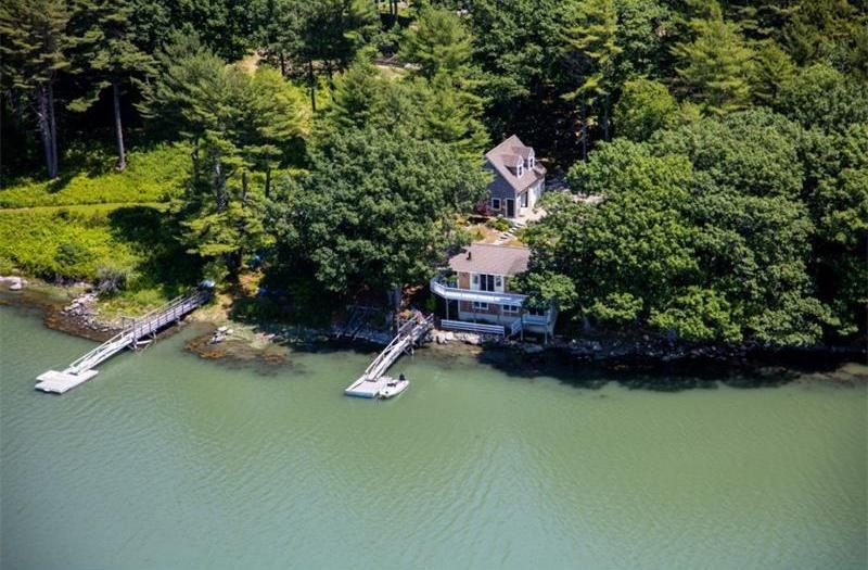 SEASIDE HIDEAWAY | WATERFRONT | PRIVATE GETAWAY | BOOTHBAY | KAYAKING | DOCK and FLOAT | PET-FRIENDLY - Image 1 - Boothbay - rentals