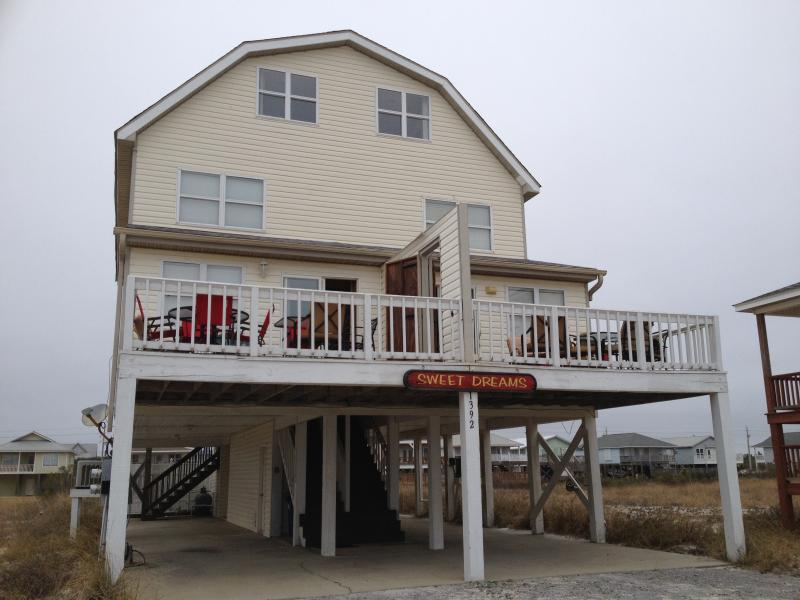"8 bedroom, 5.5 bath house that can sleep 24!  Has 3 living rooms, 3 kitchens, and 3 washers/dryers! - ""Sweet Dreams"".  Big House with Big Private Pool!  Sleeps 30!  Beach View! - Gulf Shores - rentals"