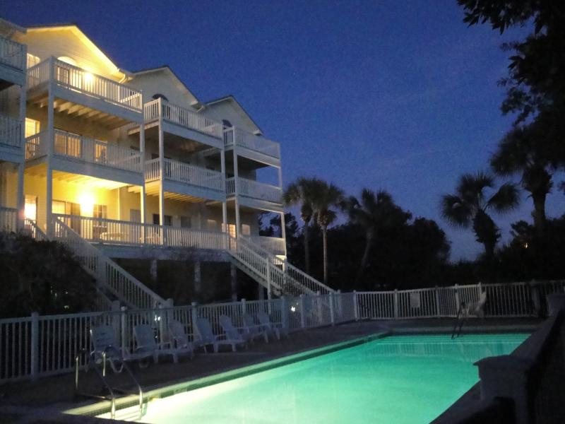 communal pool and hot tub directly in front of the door! - Seaside Haven- Views, Pool, Hot Tub and Tennis - Santa Rosa Beach - rentals