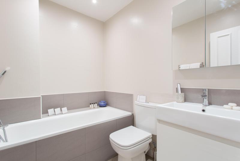 One Fine Stay - Aldridge Road Villas III apartment - Image 1 - London - rentals