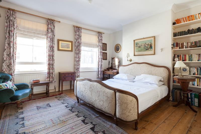 onefinestay - Ascham Street II private home - Image 1 - London - rentals