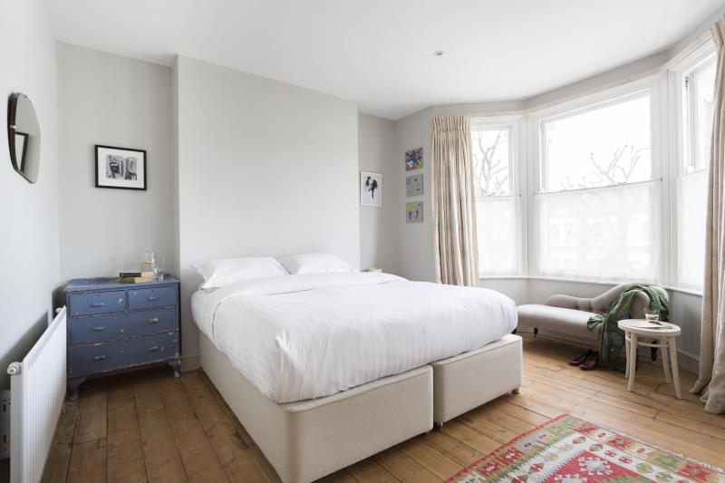 One Fine Stay - Barlby Road IV apartment - Image 1 - London - rentals