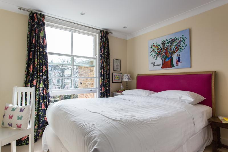 Blenheim Crescent VII - Image 1 - London - rentals