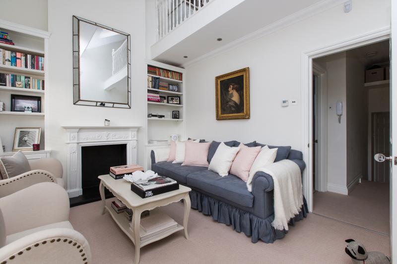 Broughton Road II - Image 1 - London - rentals