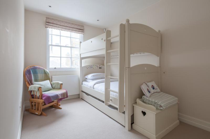 onefinestay - Cadogan Lane private home - Image 1 - London - rentals