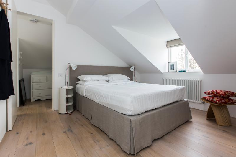 Caithness Road II - Image 1 - London - rentals