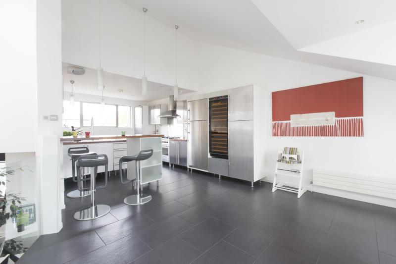 One Fine Stay - Caranday Villas III apartment - Image 1 - London - rentals
