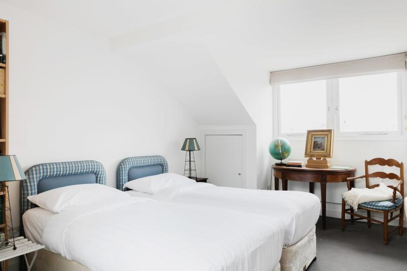 onefinestay - Ceylon Road II private home - Image 1 - London - rentals