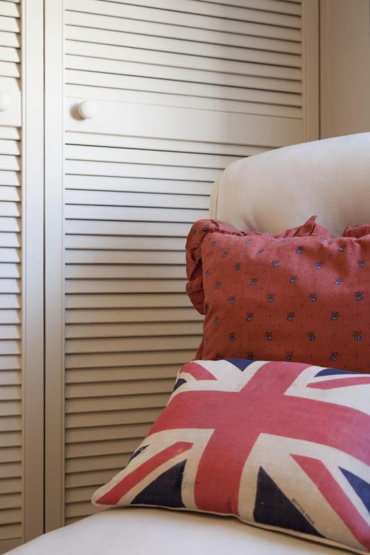 One Fine Stay - Chepstow Road  apartment - Image 1 - London - rentals