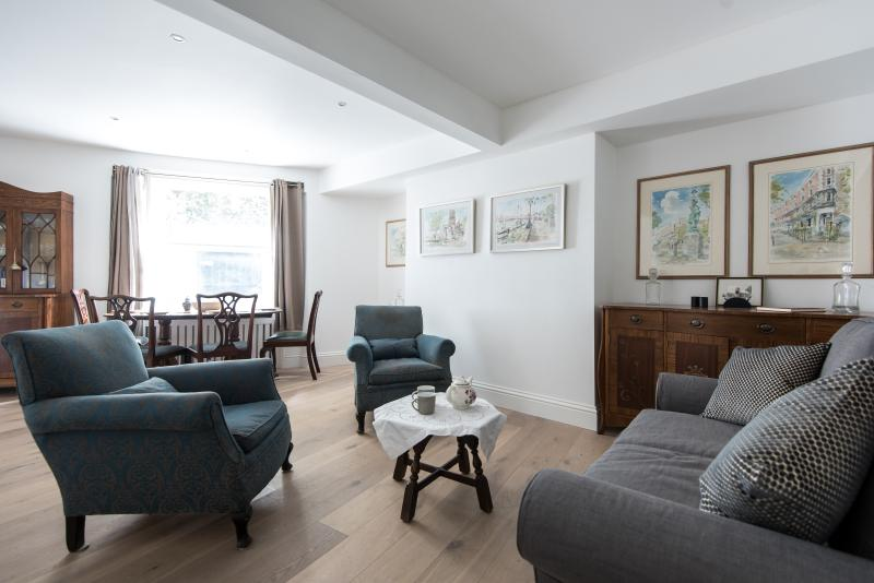 onefinestay - Cheyne Walk VII private home - Image 1 - London - rentals