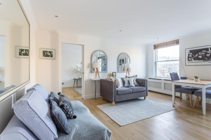 One Fine Stay - Courtfield Gardens IV apartment - Image 1 - London - rentals
