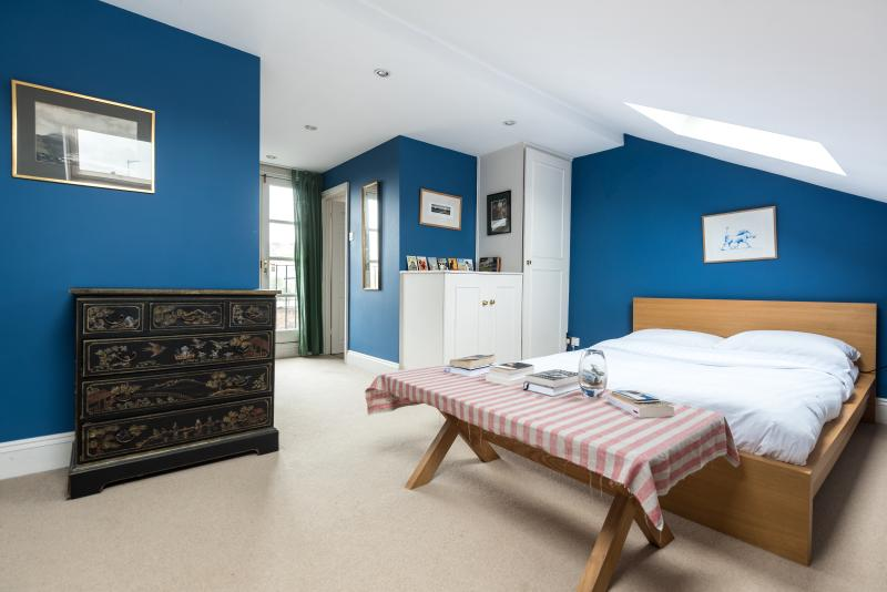One Fine Stay - Eland Road II apartment - Image 1 - London - rentals