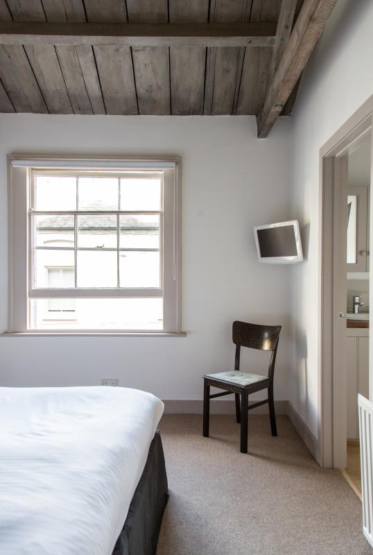 onefinestay - Ensor Mews apartment - Image 1 - London - rentals