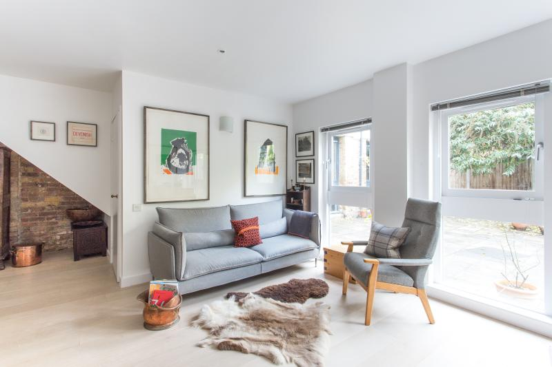 onefinestay - Florfield Passage private home - Image 1 - London - rentals