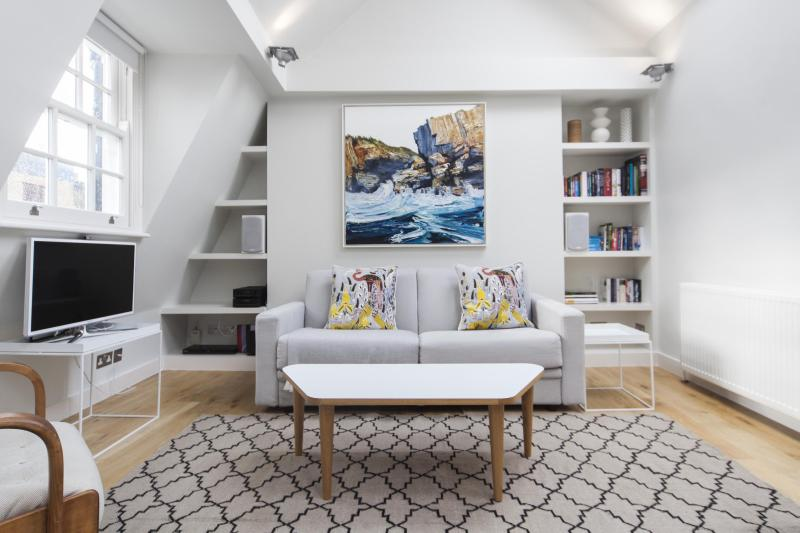 One Fine Stay - Goodge Street apartment - Image 1 - London - rentals