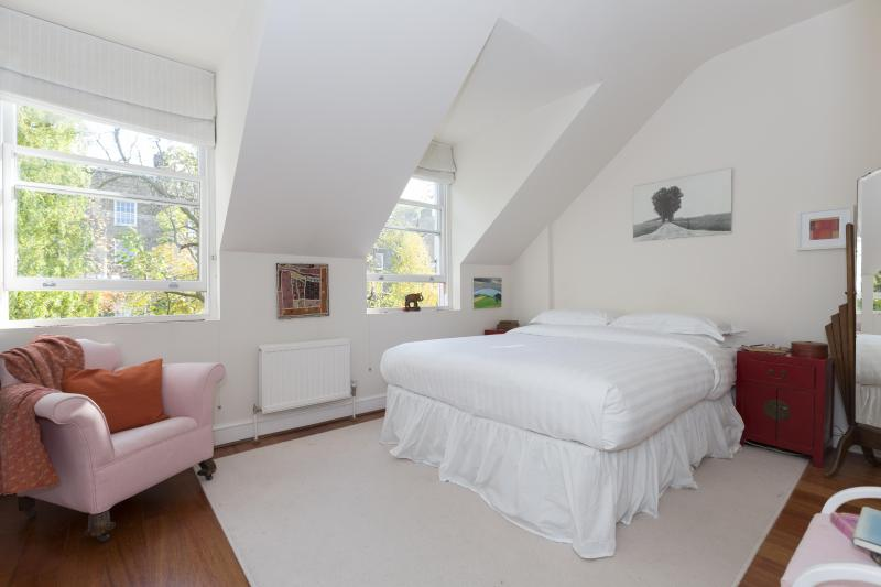 onefinestay - Highbury Terrace Mews II private home - Image 1 - London - rentals