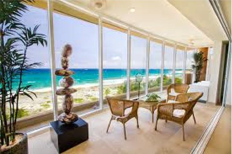 Marevellous oceanview from your covered poch with all the comfort and safeness. - Oceanfront marvellous Penthouse at Riviera Maya - Puerto Aventuras - rentals