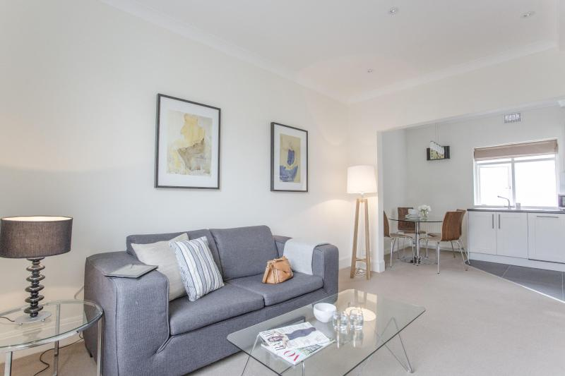 onefinestay - Ifield Road IV apartment - Image 1 - London - rentals