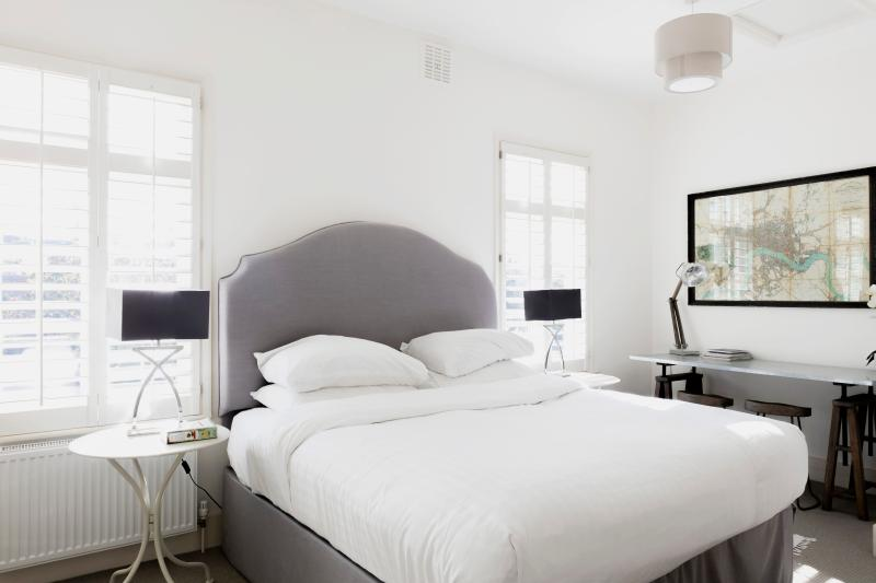 One Fine Stay - Imperial Square apartment - Image 1 - London - rentals