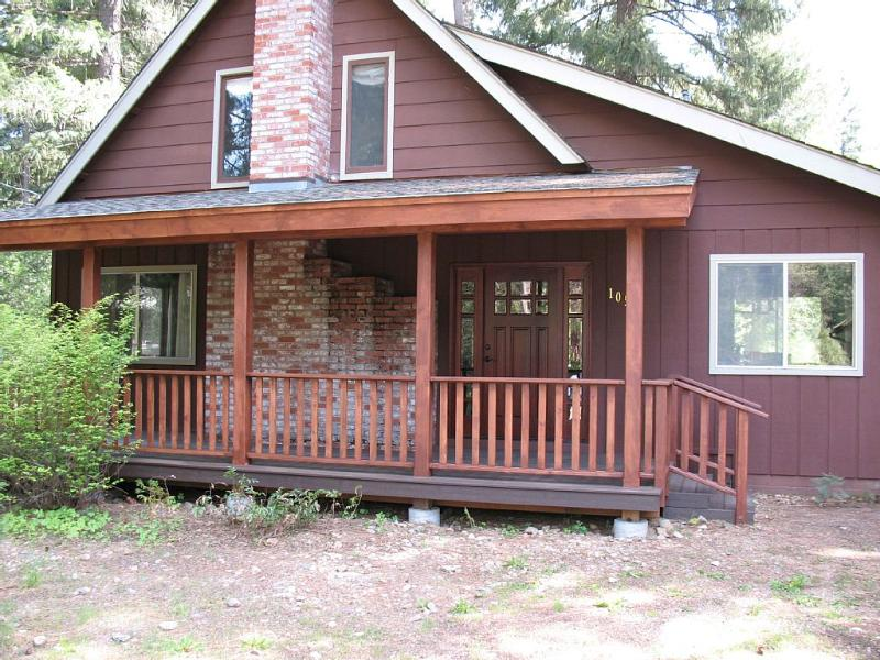 Very Nice Mountain Home on Year Round Creek - Image 1 - Quincy - rentals