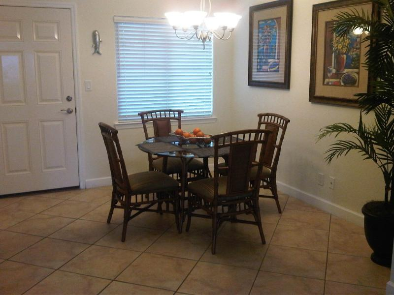 Barefoot beach resort - Image 1 - Indian Shores - rentals