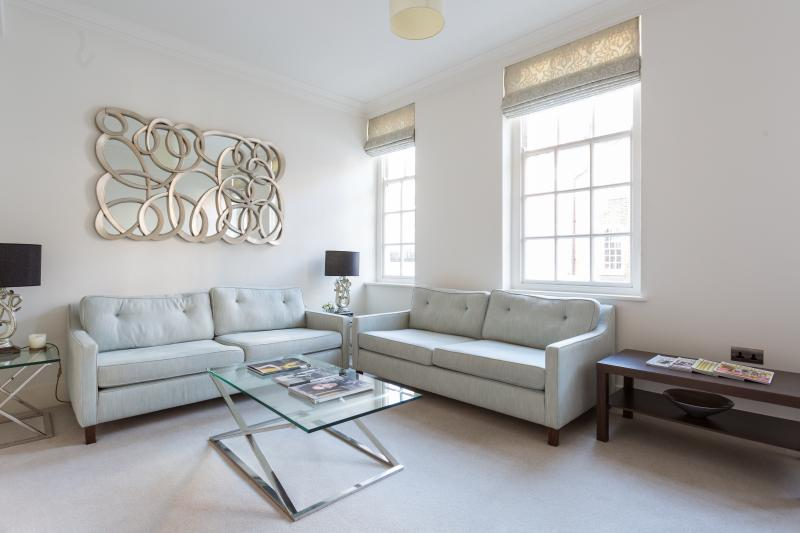 One Fine Stay - Kensington Church Walk apartment - Image 1 - London - rentals