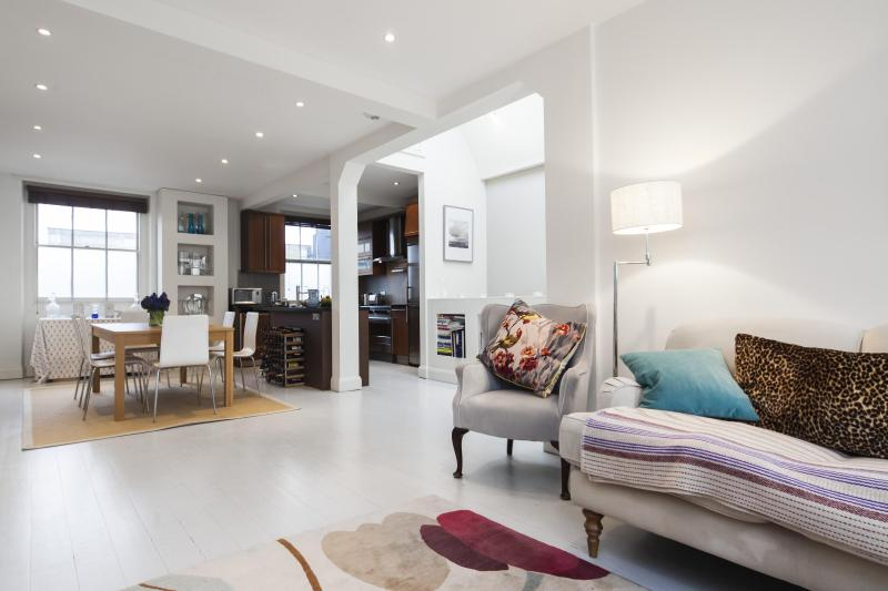 onefinestay - Kensington Gardens Square III apartment - Image 1 - London - rentals