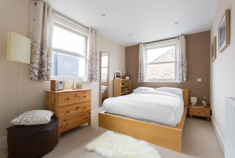 One Fine Stay - Kerrison Road apartment - Image 1 - London - rentals