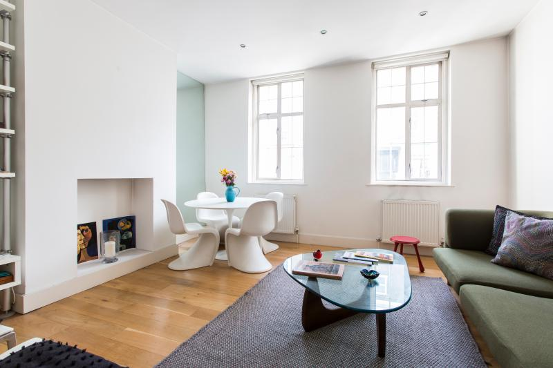 One Fine Stay - Ledbury Road II apartment - Image 1 - London - rentals
