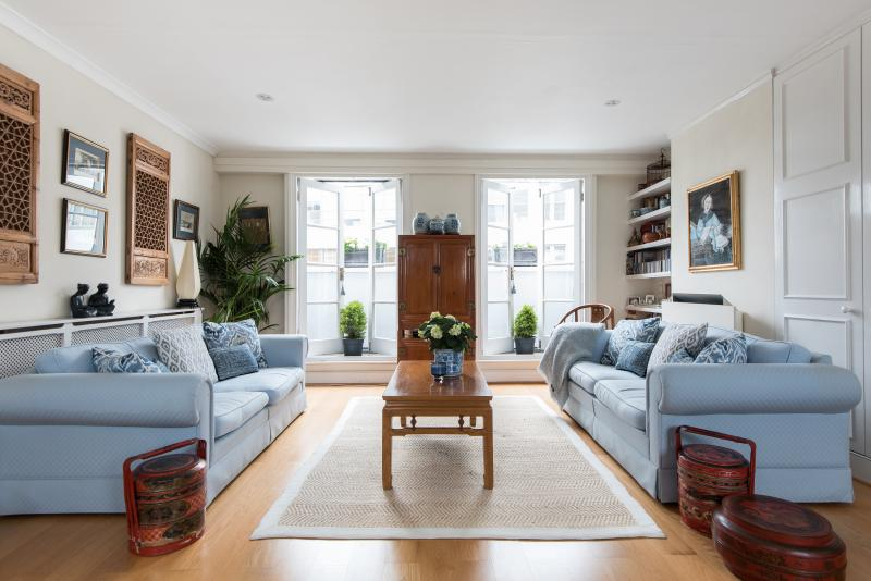 onefinestay - Lots Road III apartment - Image 1 - London - rentals