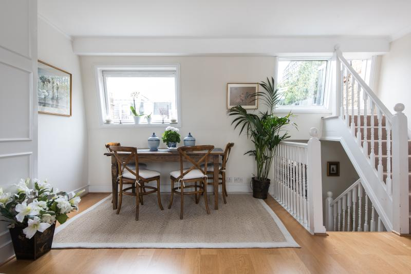 One Fine Stay - Lots Road III apartment - Image 1 - London - rentals